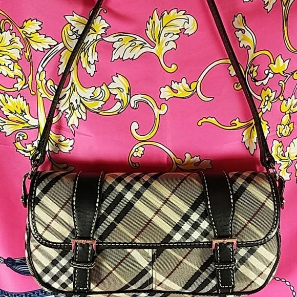 2cad5eb7ed06 Burberry Handbags - Authentic Burberry Nova Check Mini Hand Bag